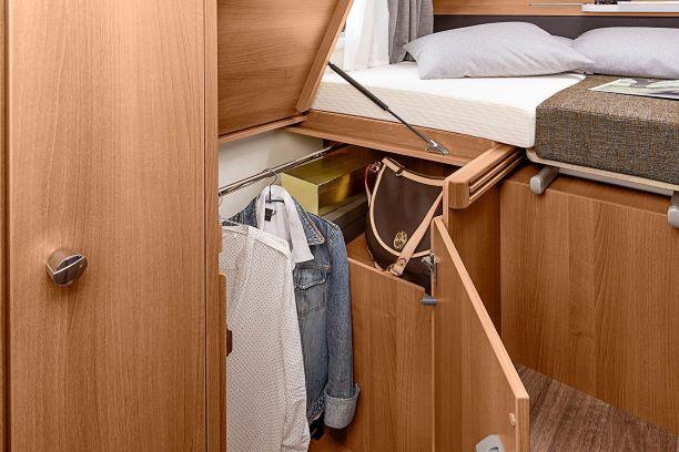 Schrank unter Betten_VAN TI_Knaus