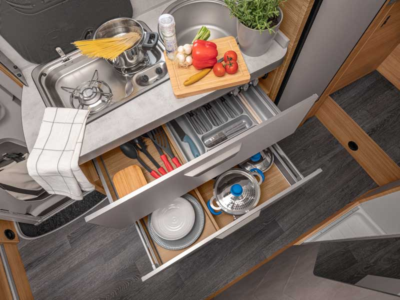Küche_Softclose-Schubladen-1